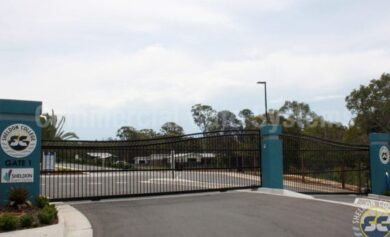 Sheldon-College-Automatic-Gate-Systems-2-570x400